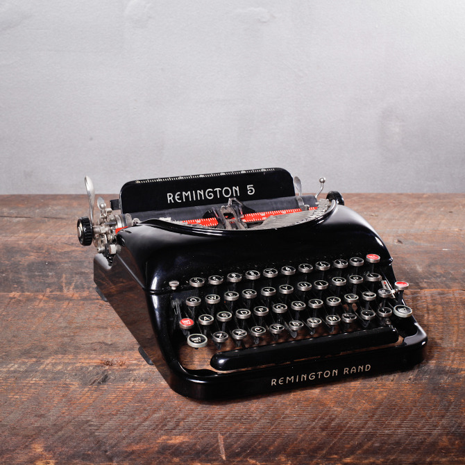 Remington 5 Streamline Typewriter Aesthetic Correlation